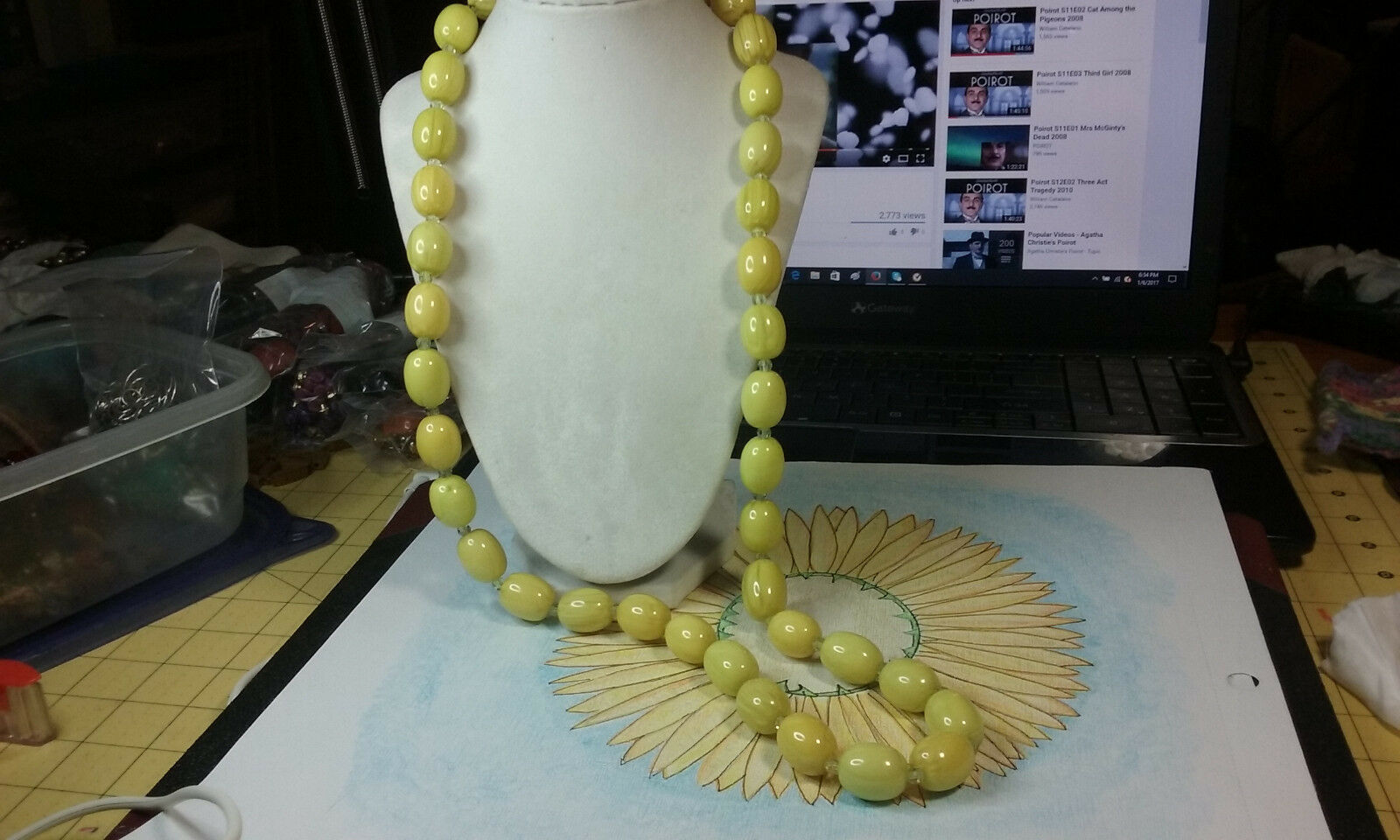 "Primary image for Vintage Jewelry: 34""Yellowish  Colored Bead  Necklace 17010712"