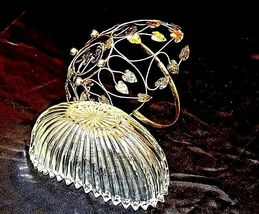 Heavy Glass Basketwith Metal Carrier with handle / Leaf DesignAA18-11912 Vint image 12