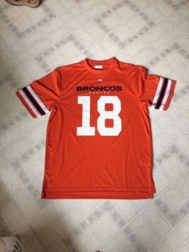 Peyton Manning Denver Broncos 18 NFL Team Apparel Licensed Adult Large T shirt