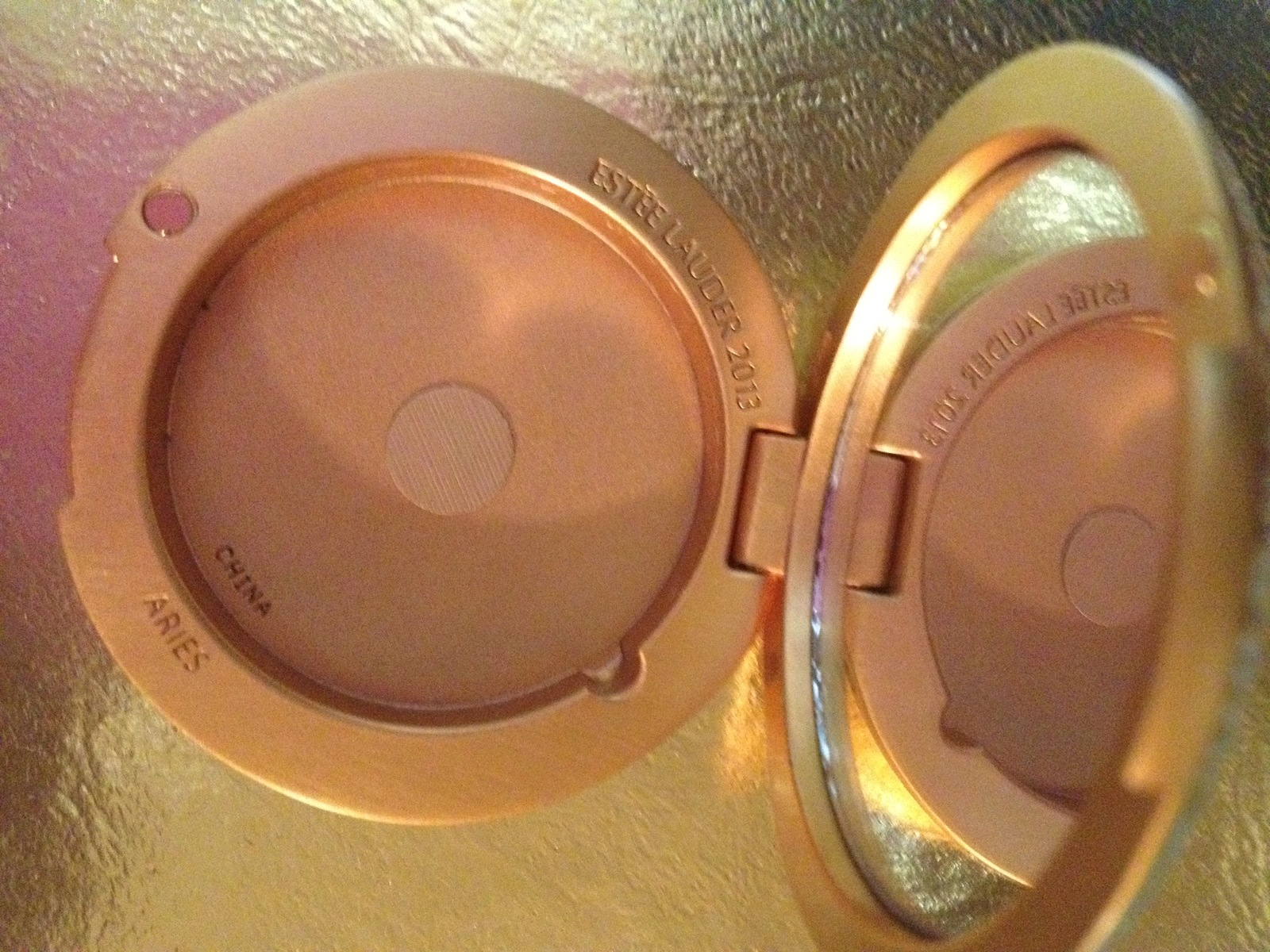 Estee Lauder GOLDEN ARIES Lucidity Powder Compact 2013 - Crystal accents