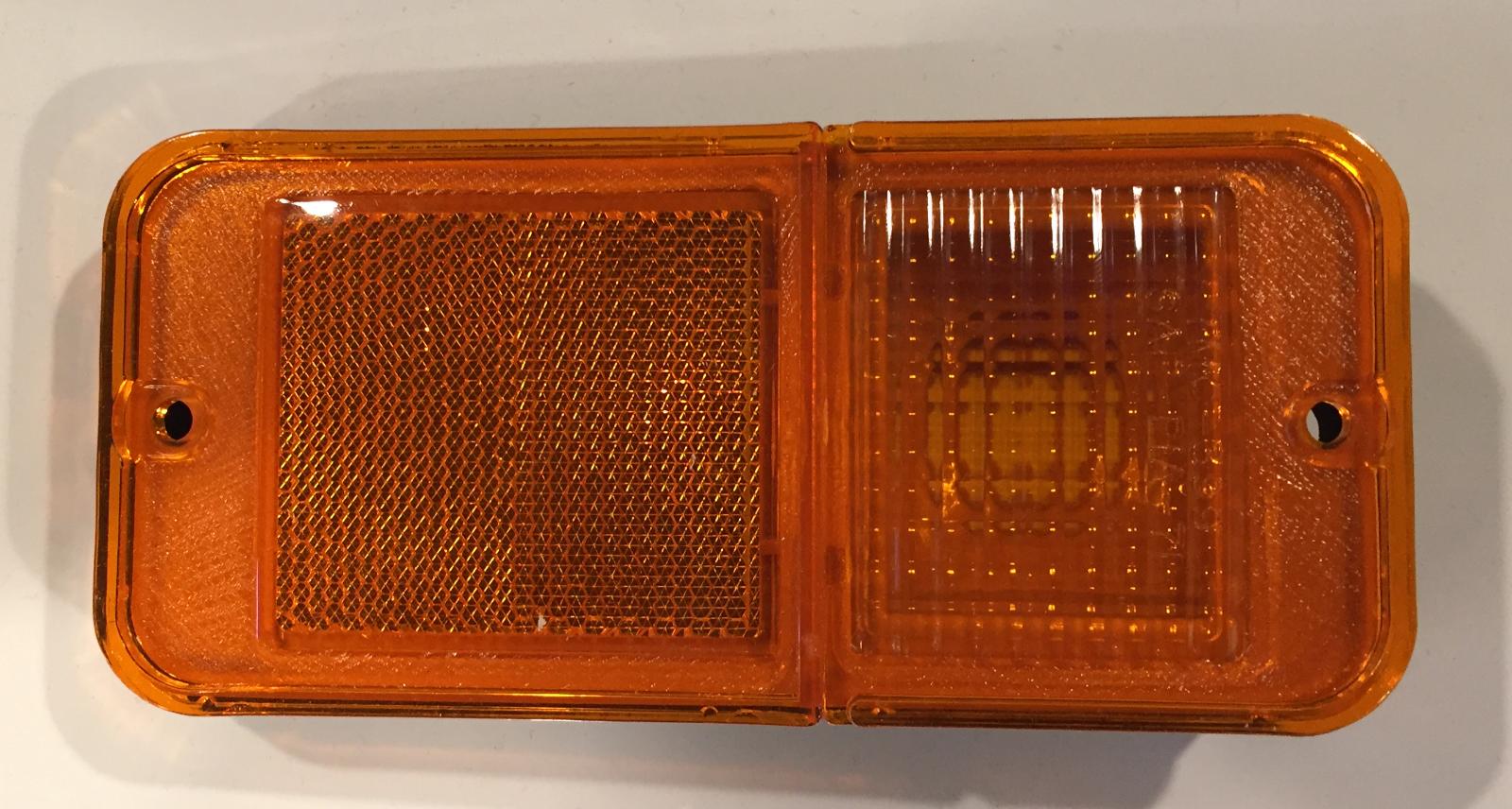 FRONT SIDE MARKER LAMP AMBER #400 FOR 68-84 GM PICKUPS/VANS W/O CHROME TRIM