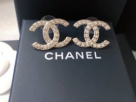 100% AUTH NEW CHANEL 2019 XL Large Gold CC Crystal Stud Earrings image 5