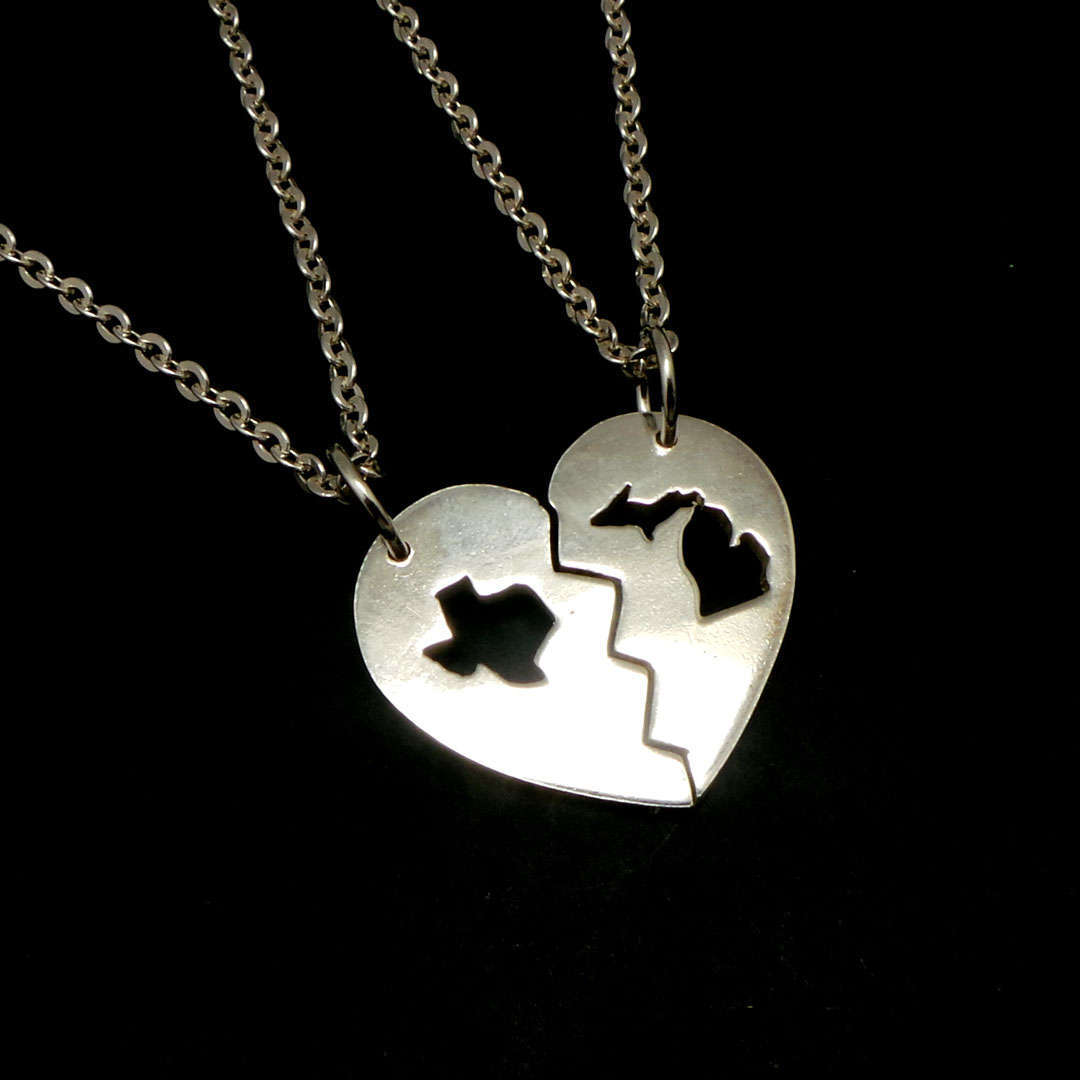Handmade 925 Silver Long Distance Texas Michigan Broken Heart Couple Necklace  image 3