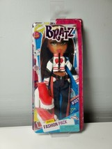 Bratz Sporty Fashion Pack Outfit of the Day #00TD BRAND NEW - $19.79