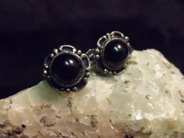 "ANTIQUE 1/2"" STERLING WITH 5/16"" BLACK ONYX CABOCHONS SCREWBACK EARRINGS... - $19.80"