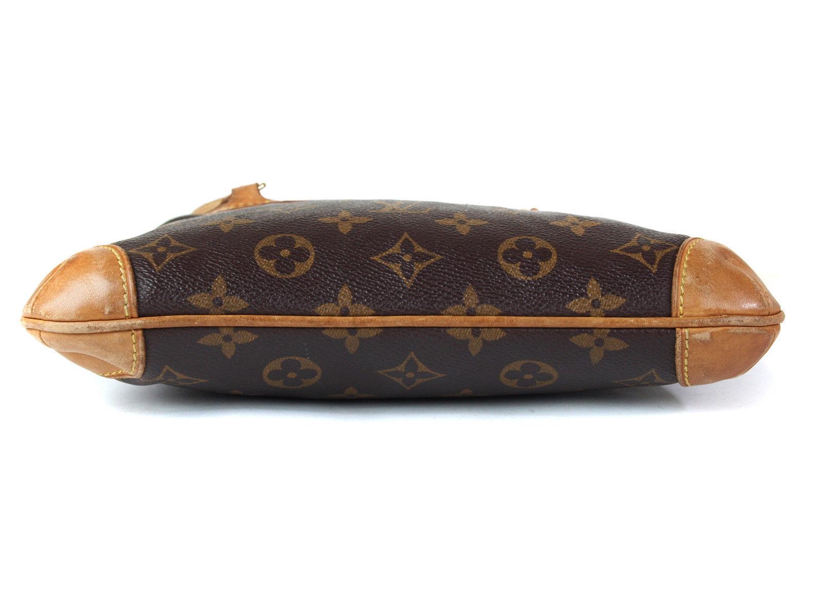 Auth LOUIS VUITTON Coussin Monogram Canvas Mini Shoulder Bag LS15150L