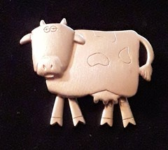 Vintage JJ JONETTE Gold Tone Cow with Movable Legs Pin Brooch - $12.19