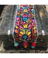 Hand Embroidered Peruvian Table Runner. Peruvian Tapestry. Sheep's Wool ... - $2.641,12 MXN