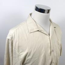 Hilo Hattie Mens Medium 100% Silk Hawaiian Aloha Shirt Ivory Pineapple J... - $17.95