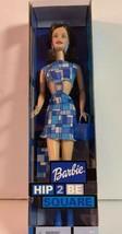 Hip 2 Be Square 2000 Barbie Doll Brunette Mattel 28315 Geometric Blue - $9.49
