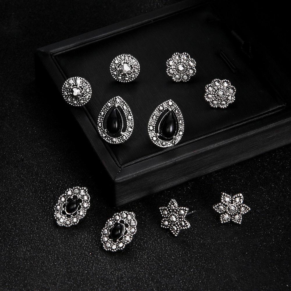 Jewdy® 5 Pairs/Set Women Black Crystal Flower Boho Stud Earrings Women