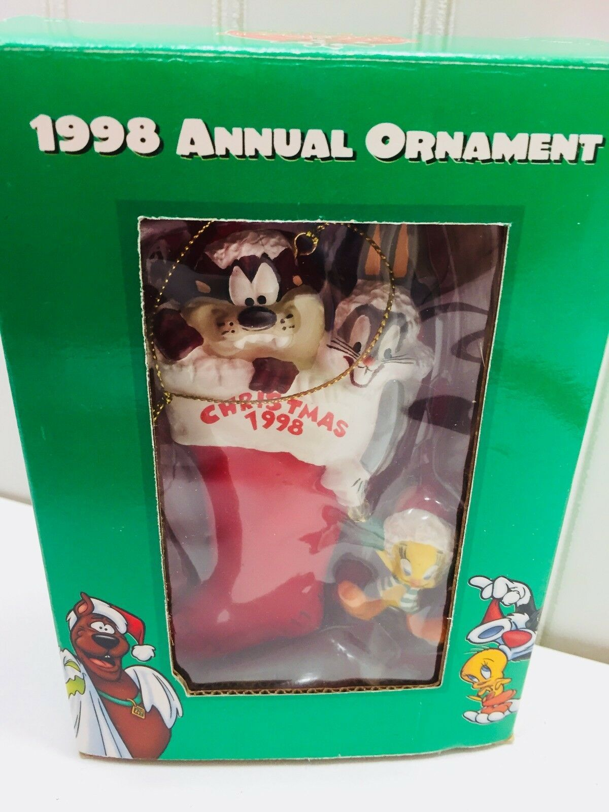 1998 Vintage Warner Brothers Studio Store Christmas Annual Ornament  22720