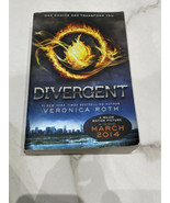 Divergent Paperback Book Novel By Veronica Roth - $11.95