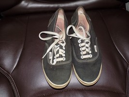 Vans off the Wall Black Lace Up Size 7.5 Men 9 Women Canvas Shoes - $24.30