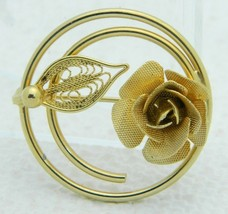 Vintage SARAH COVentry Signed Gold Toned Floral Flower Circle Pin Brooch B - $19.80