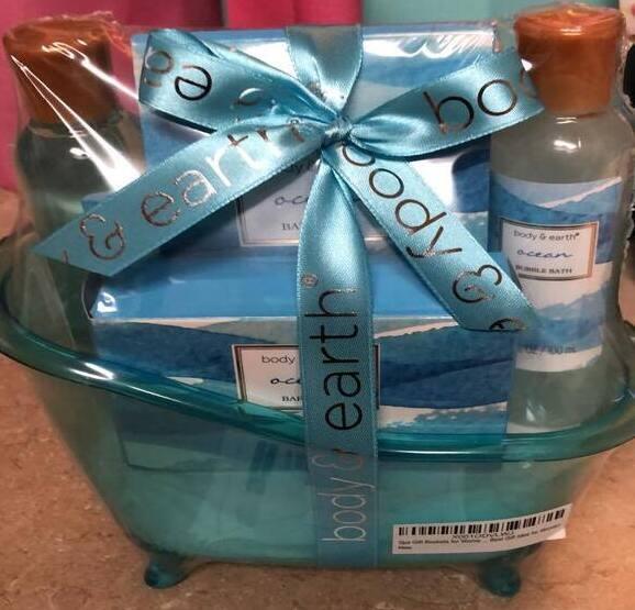 Body & Earth Blue Ocean Scent 5 Pc Bath Gift Set Bath Tub New - $28.00