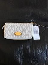 MICHAEL KORS Women PVC JET SET LARGE FLAT PHONE CASE WRISTLET/WALLET VAN... - $79.48