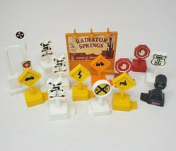 14 FISHER PRICE GEO TRAX SIGNS / STOP LIGHT RR PLASTIC REPLACEMENT PART ... - $18.70