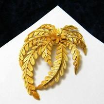 Vintage Crown Trifari Brooch Large Leaf Fern Leaves Gold Plate Trifarium Jewelry - $31.38