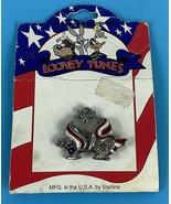 Looney Tunes Americana Collection Lapel Pin Taz Tasmanian Devil W/ Flag ... - $15.55