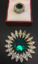 Vintage Sarah Coventry Green Rhinestone Pin Ring Silvertone Brooch - £21.94 GBP