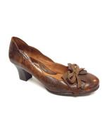 New BOLO Size 8 Brown Leather Bow Tie Kilt Front Heels Pumps Shoes - $44.10