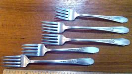 3 Dinner Forks 2 Salad Forks GARDENIA 1941 Wm Rogers  & Co Mfg Co - $5.92