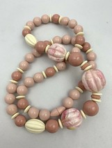 Vintage Mauve Pink Plastic Chunky Beaded Necklace Screw Bead Clasp White Funky - $14.80