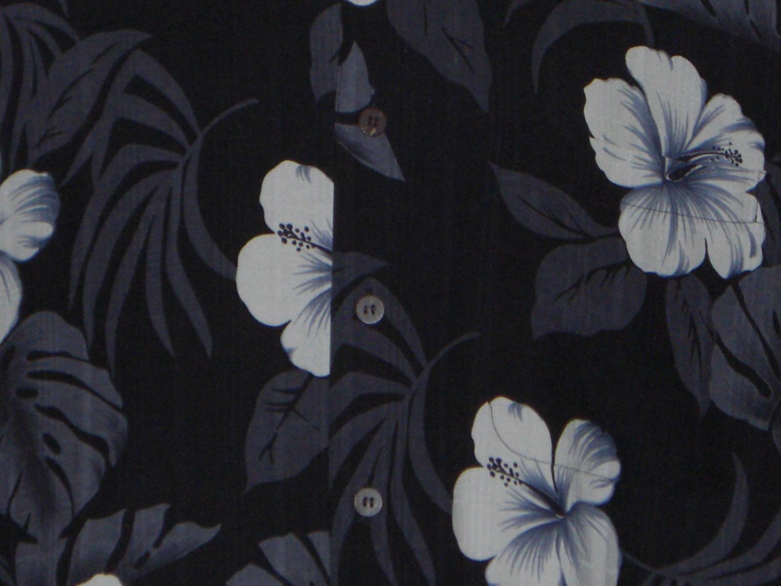 Hawaiian Reserve Collection Hawaiian Shirt Black Gray White hibiscus Silk Medium