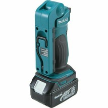 Makita DML801 18V LXT Lithium-Ion Cordless 12 LED Flashlight with Bare Tool image 2