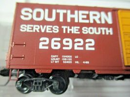 Micro-Trains # 02000257 Southern 40' Standard Boxcar Grain Hauling N-Scale image 3