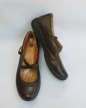 Clarks Structured Shoes Mary Janes Crisscross Straps Buckle Brown Size 8.5 M - $44.50