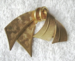 ART DECO Ribbon Pin MCM Signed Made in Germany VTG Pre WWII Textured Gol... - $29.65