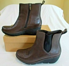 Clarks Clarene Surf Boots Size 8.5 - $29.47