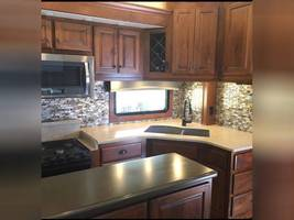 2017 NEW HORIZONS MAJESTIC FOR SALE IN Portland, OR 97239 image 4