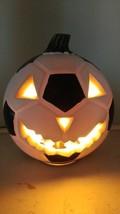 """Halloween Lighted Soccer Ball Jack O Lantern Pumpkin Foam Blow Mold 10"""" ... - €20,83 EUR"""