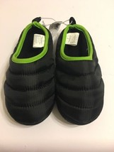Old Navy Slippers Boys Shoes Size Large 1-2 Black - $13.98