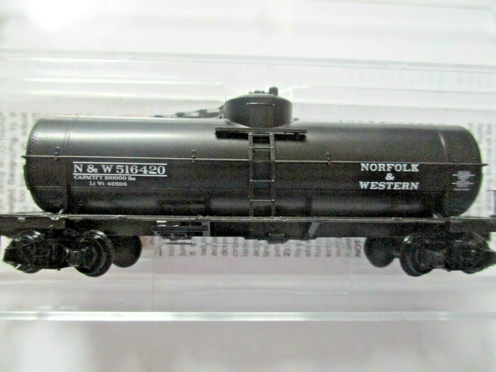 Micro-Trains # 06500266 Norfolk & Wester 39' Single Dome Tank N-Scale