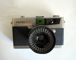 Petri 7 S II Film Camera with 45mm(f2.8) Lens for Parts  - $9.00