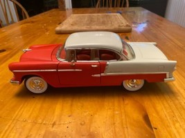 1955 55 Chevy Bel Air Collectible 1/64 Scale Diecast Diorama Model image 1