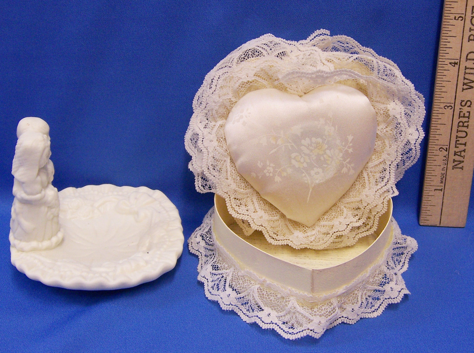 Jade Wedding Couple Ceramic Trinket Dish & Heart Shaped Musical Trinket Box