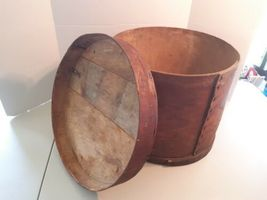 "Large Antique Vintage Round Wooden Box - 15"" x 12.5"" Container Sewing Pantry image 4"