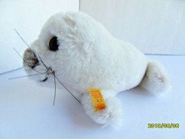 Steiff seal baby seal Cosy button flag stuffed animal  made in Germany 2735 - $37.99