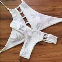 Halter Cut Out Printed Reversible Women Bikini Set - $23.98