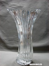 Mikasa Crystal Diamond Fire Curved Vase - $12.99