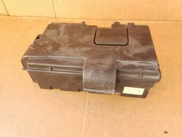 01-04 Lexus LS430 Rear Trunk Fusebox Relay Junction Box 82670-50072