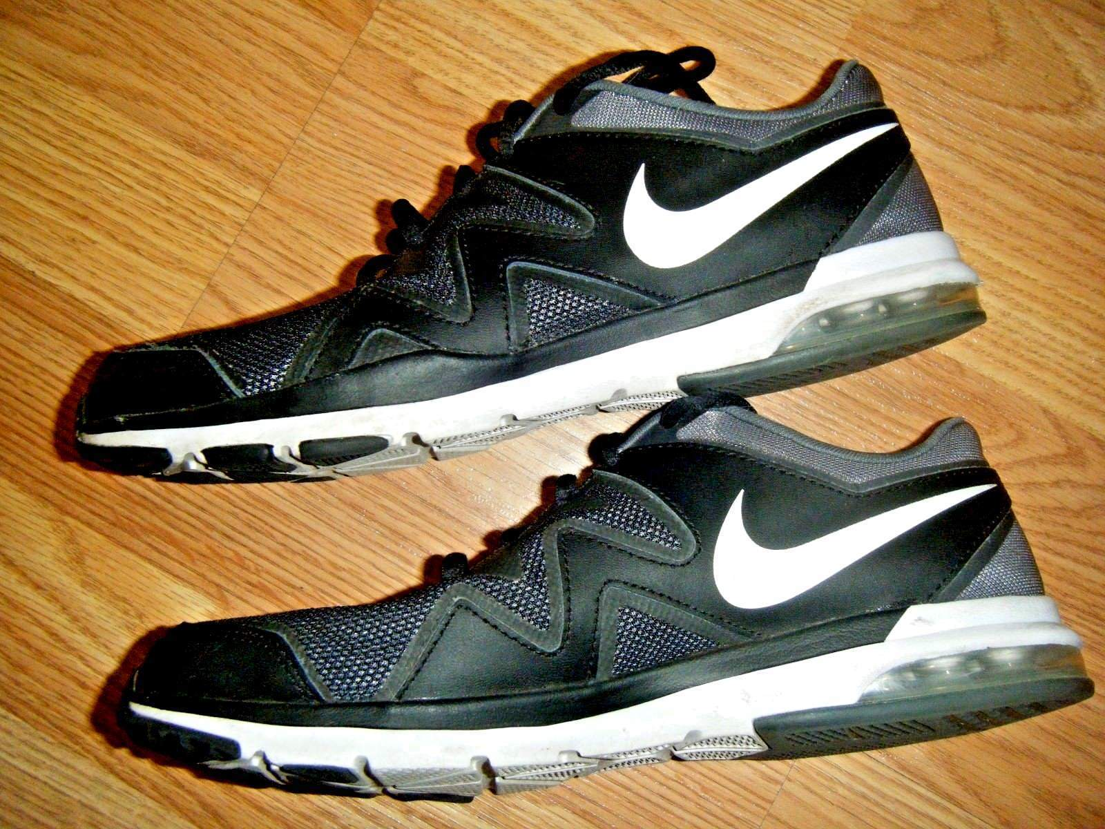 best website ffd96 a5fd8 Nike Black Canvas Low Sneaker Shoes Size 8 and 50 similar items. S l1600