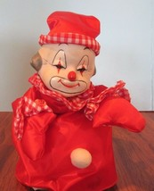 Vintage Enesco Musical Rotating Head Mantle Clown - $27.72