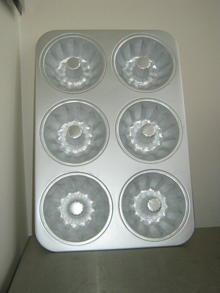 Primary image for Aluminum 6 Cavity Bundt Lette Cake Pan