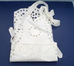 vintage white cut out pattern floral design apron - $13.86